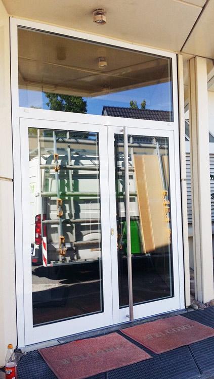 Fenster karlsruhe fenstereinbau karlsruhe sch co aluplast for Fenster direkt